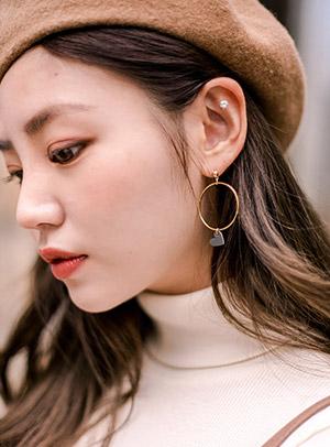 대롱대롱 하트열렸네 earring